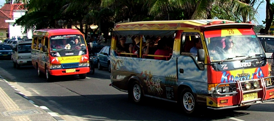 巴厘岛当地交通攻略(公交车/出租车/包车/租车)