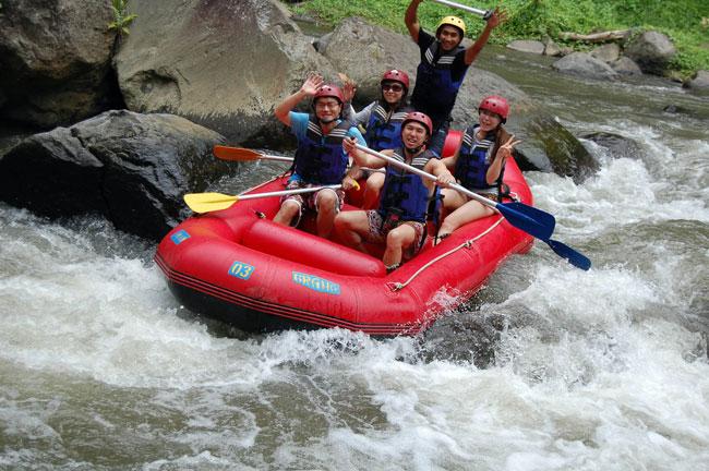 巴厘岛阿勇河漂流(Ayung River)和T河漂流(Telaga Waja River)的区别
