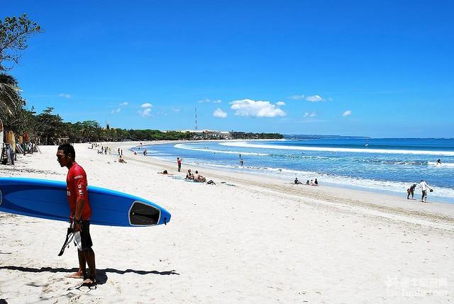 巴厘岛库塔海滩冲浪体验记