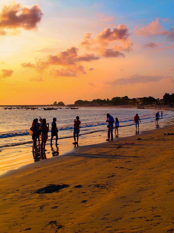 巴厘岛之旅——金巴兰海滩(Jimbaran Beach)黄昏的诱惑!8.jpg