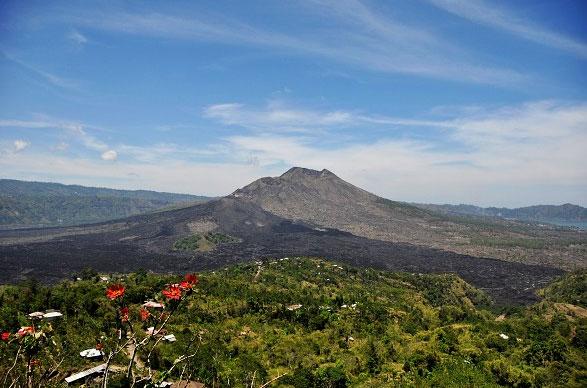 金塔马尼火山(Kintamani)4.jpg
