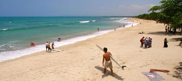 库塔海滩(Kuta Beach)14.jpg