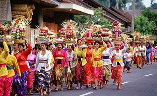 巴厘岛节日——加隆安(Galungan).jpg