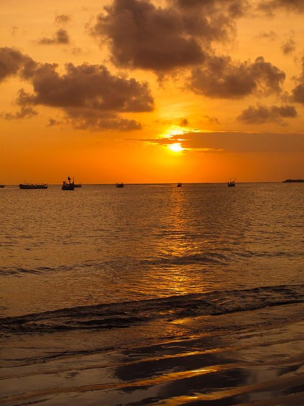 巴厘岛之旅——金巴兰海滩(Jimbaran Beach)黄昏的诱惑!14.jpg