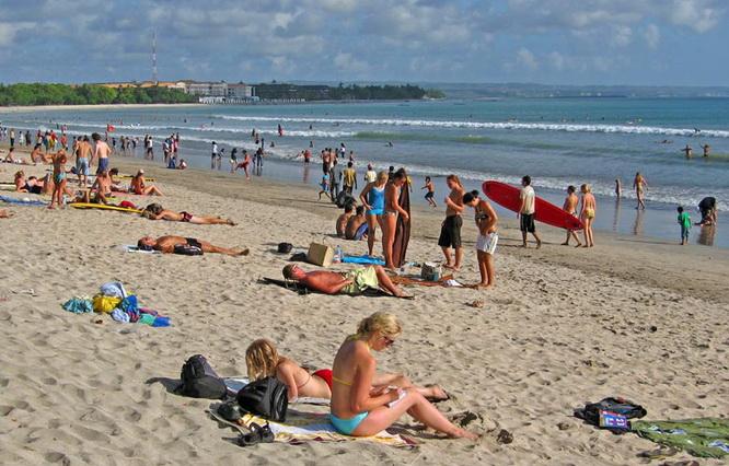 巴厘岛冲浪攻略库塔海滩(Kuta Beach)31.jpg