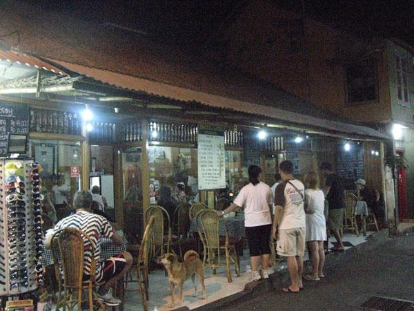 Bamboo Corner 库塔海滩上最便宜的一家餐馆
