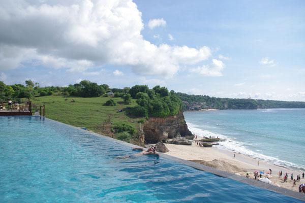 Dream Beach1.jpg