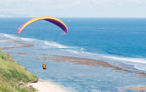 巴厘岛滑翔伞最佳飞行地点推荐(Paragliding in Bali)