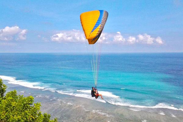 Timbis Beach 巴厘岛滑翔伞最佳飞行地点