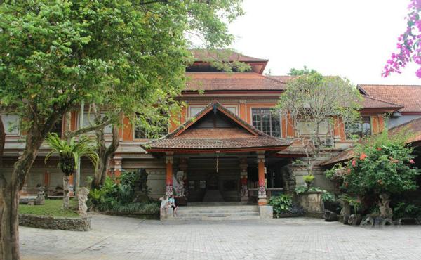 Neka Art Museum 奈卡美术馆(巴厘岛乌布内卡艺术博物馆)