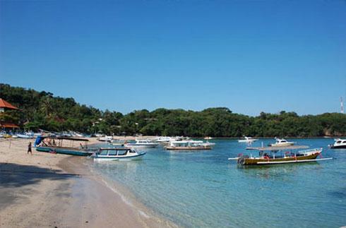 Padangbai 巴丹拜/八丹拜 —— 巴厘岛东海岸一个渡船码头的海滨渔村