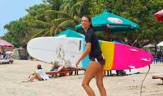 巴厘岛最适宜冲浪的海滩和季节