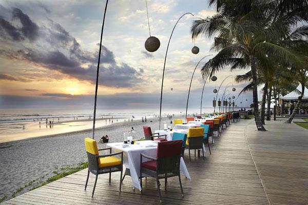 Breeze-Restaurant3.jpg