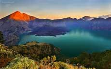龙目岛林加尼火山(Lombok Mt Rinjani)
