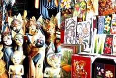 巴厘岛手工艺品市场大全:Sukawati Art Market、Ubud Art Market 、Tegallalang Handicrafts Rout、Art Shops on the Pantai Mengiat Road、Monkey Forest Road